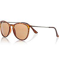 Brown tortoise shell metal arm sunglasses