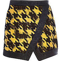 Yellow dogtooth contrast trim wrap skirt