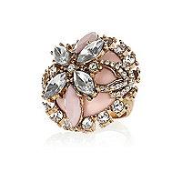 Gold tone ornate gemstone domed ring