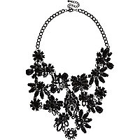 Black flower bib necklace