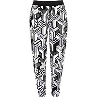 Black geometric print joggers