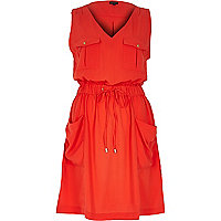 Red casual waisted dress