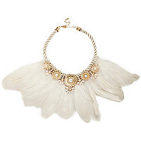 Cream embellished feather necklace