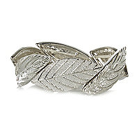 Silver tone leaf stretch bracelet