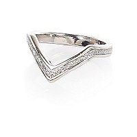 Silver tone glitter finger top ring
