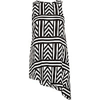 Black geometric print asymmetrical hem tunic