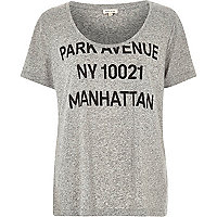 Grey Park Avenue print low scoop neck t-shirt