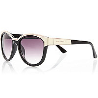 Black metal brow cat eye sunglasses
