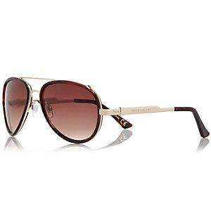 Brown contrast rim aviator-style sunglasses