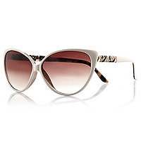 Cream cats eye sunglasses
