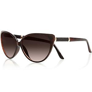 Brown cat eye sunglasses