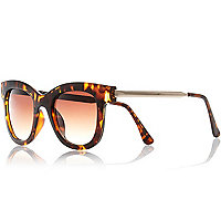 Brown chunky frame sunglasses
