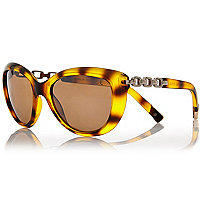 Brown tortoise chain arm cat eye sunglasses