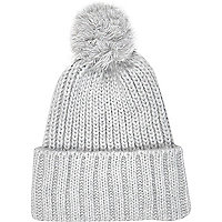 Light grey chunky knit beanie hat