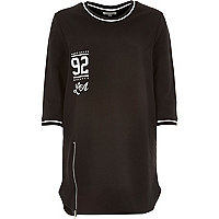 Black 92 print athletic oversized t-shirt