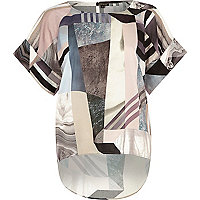 Black abstract print curved hem top