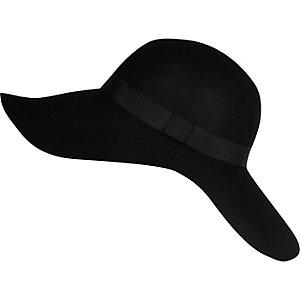 Black wide brim floppy hat