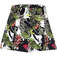 White tropical print high waisted shorts