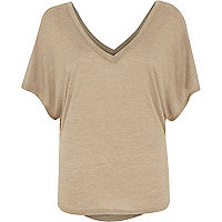 Beige short sleeve V front t-shirt