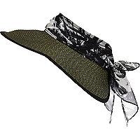 Green scarf straw visor