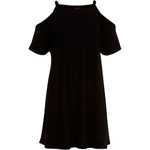 Black cold shoulder t-shirt dress