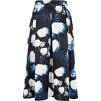 Blue floral print structured midi skirt