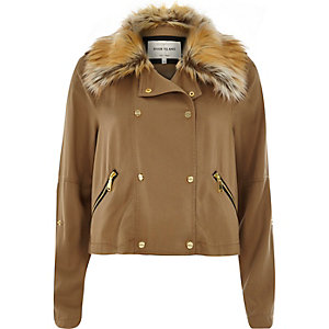 Camel faux fur collar casual jacket