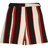 Cream stripe smart shorts