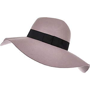 Purple oversized fedora hat