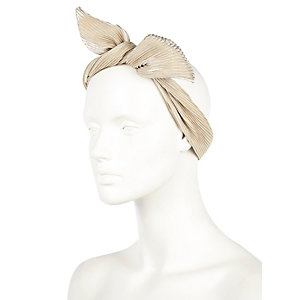 Gold tone wired hair wrap