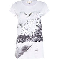 White foil NYC print fitted t-shirt