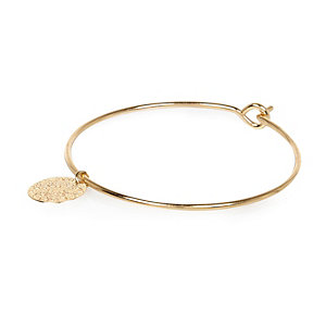 Gold tone simple filigree charm bangle