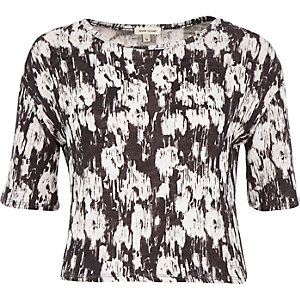 Black and white print boxy t-shirt