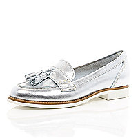 Silver leather tassel loafers