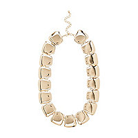 Gold tone chunky clean short necklace