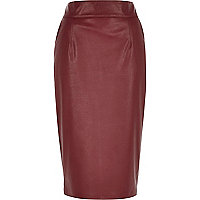 Dark red leather-look pencil skirt