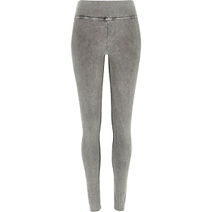 Light grey wash leggings