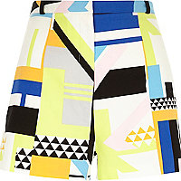 White square geo placement print shorts
