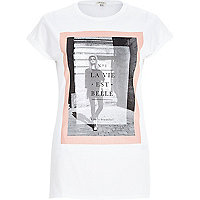 White belle slogan print short sleeve t-shirt