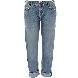 Mid wash Eva selvedge girlfriend jeans