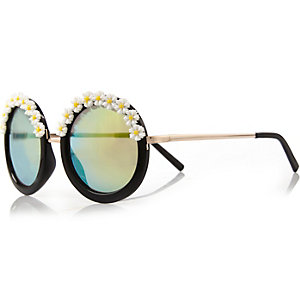 Black flower frame round sunglasses