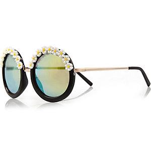 Black flower frame round sunglasses