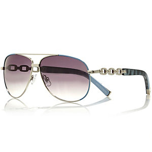 Blue chain aviator sunglasses