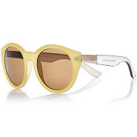Yellow frosted round sunglasses