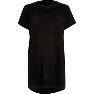 Plain black short sleeve side split t-shirt