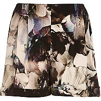 Grey abstract floral print shorts