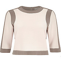 Grey border fitted boxy crop top