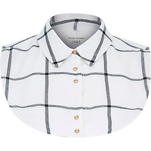 White check shirt collar bib
