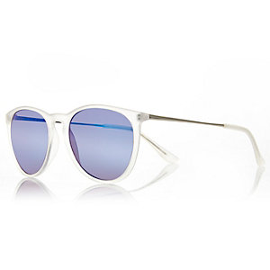 White frosted round sunglasses