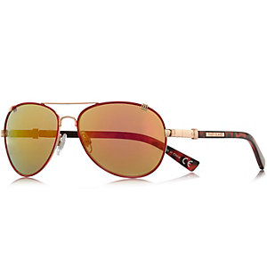 Red contrast rim aviator-style sunglasses